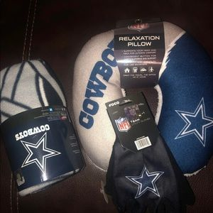 NFL combo fleece blanket and head rest and gloves